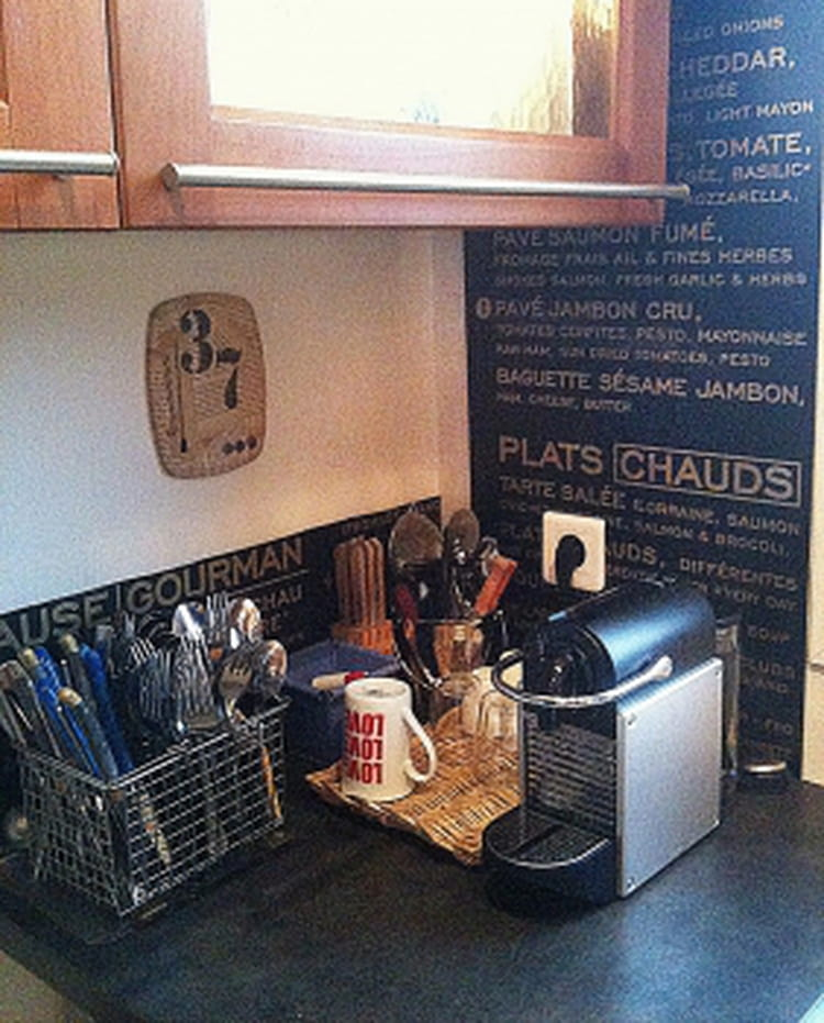l 39 esprit bistrot dans la cuisine. Black Bedroom Furniture Sets. Home Design Ideas