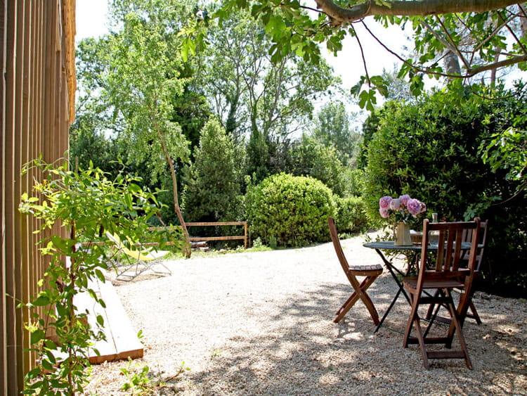 En bois exotique  Les salons dété sinstallent au jardin  ~ Salon Jardin Bois Exotique