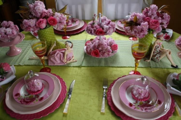 D co de table pin up en fleurs - Deco table fleur ...
