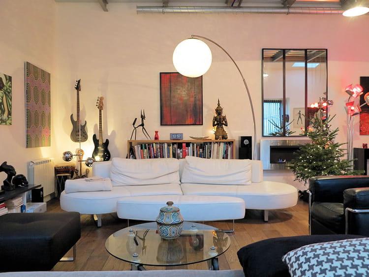 salon ethnique et moderne. Black Bedroom Furniture Sets. Home Design Ideas