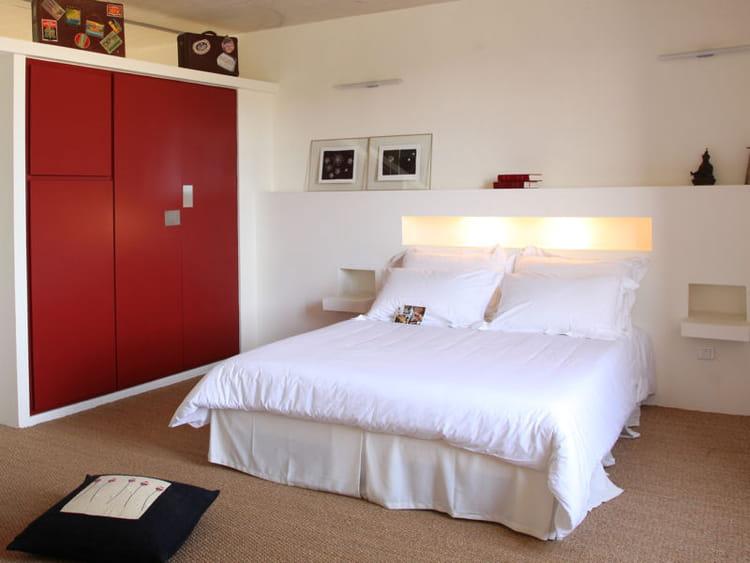 lumi re 65 id es originales pour refaire sa t te de lit journal des femmes. Black Bedroom Furniture Sets. Home Design Ideas