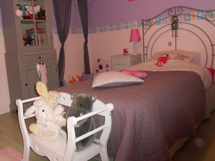 La chambre de fille en mauve visitez la maison d - Chambre en mauve ...