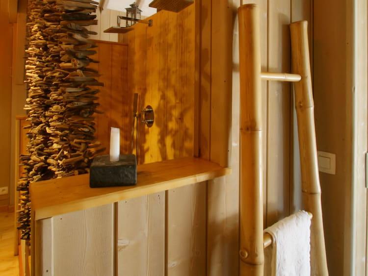 bambou et bois flott un rangement d co et tendance l. Black Bedroom Furniture Sets. Home Design Ideas