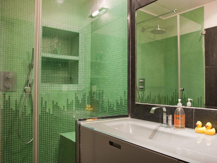 mosaque vert deau salle de bains la ardoise - Salle De Bain Mosaique Verte