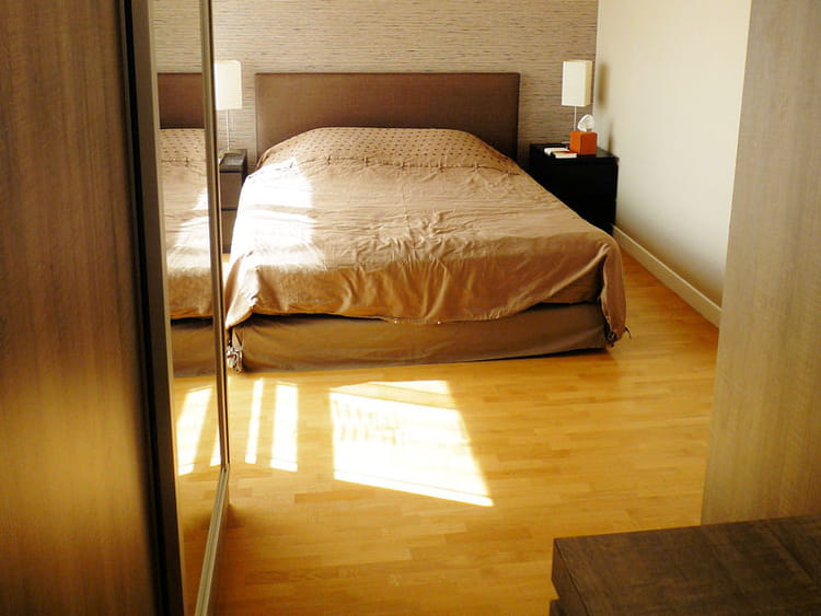 Une jolie chambre bien rang e la r novation d 39 une chambre avec dressing journal des femmes for Chambre bien rangee en anglais