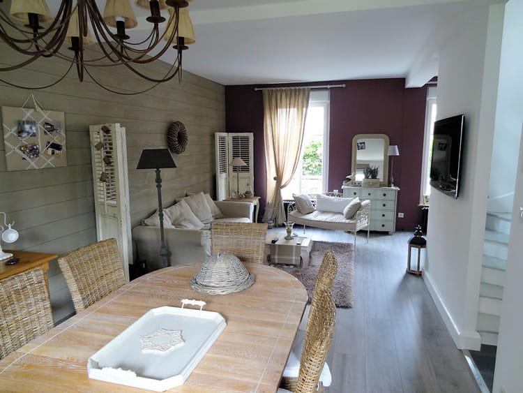 Visitez la maison de nadine journal des femmes - Deco de charme maison ...