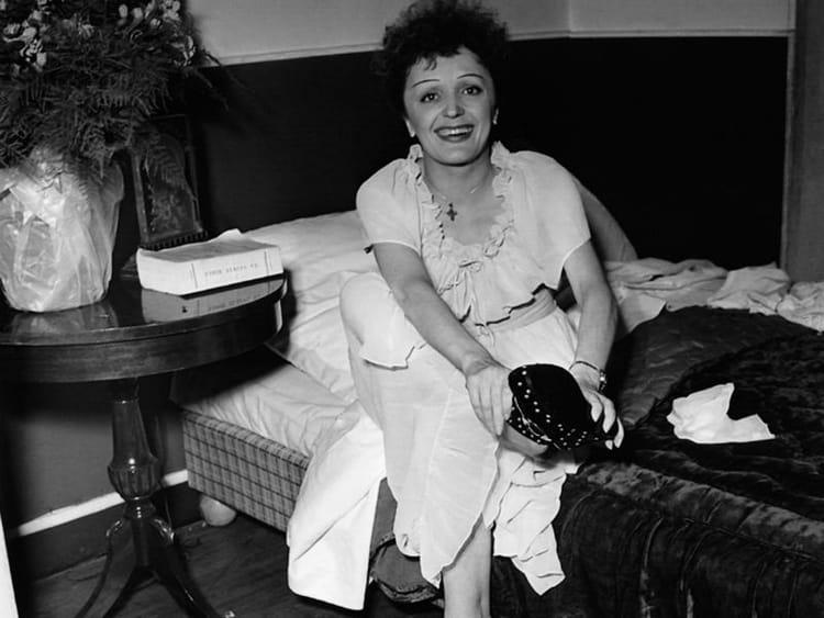 Edith piaf a frôlé la mort à plusieurs reprises. dépendante à la