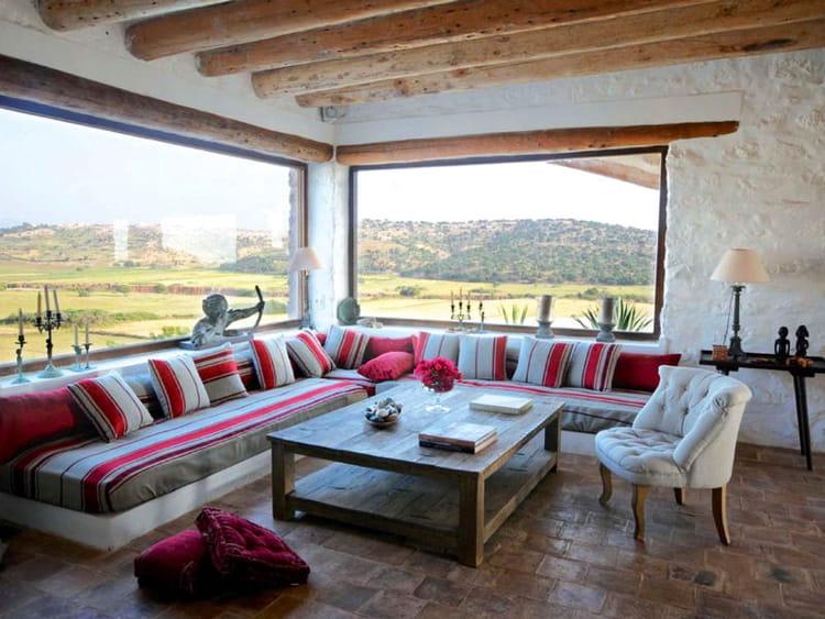 Salon avec vue sur la campagne marocaine maison entre for Decoration maison au maroc