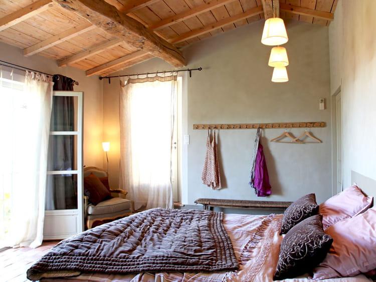 chambre de jeune fille une maison aux couleurs harmonieuses journal des femmes. Black Bedroom Furniture Sets. Home Design Ideas