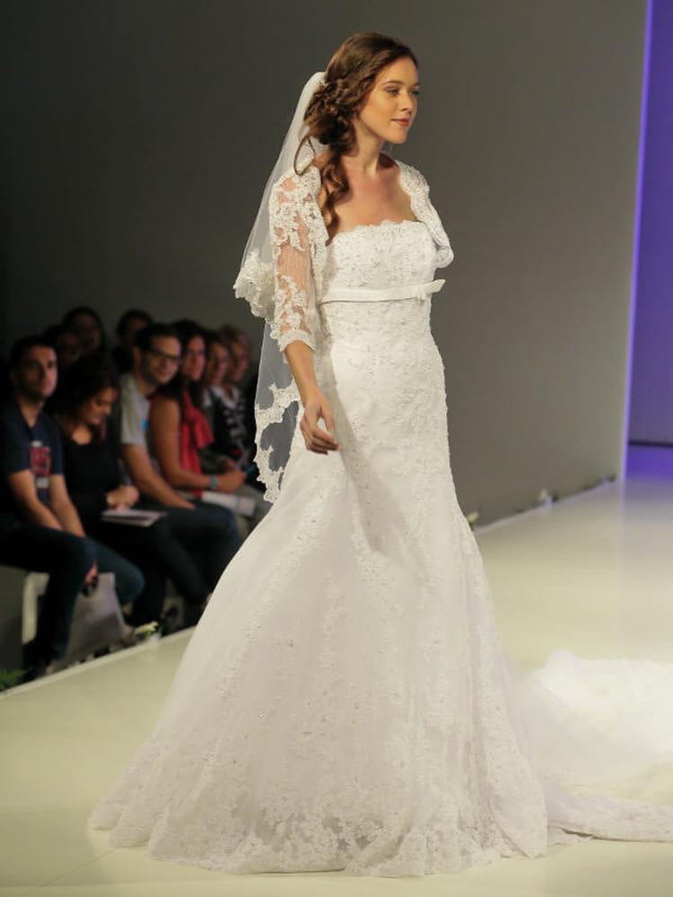Robe dentelle Empire du Mariage : Défilé de robes de mariée au ...