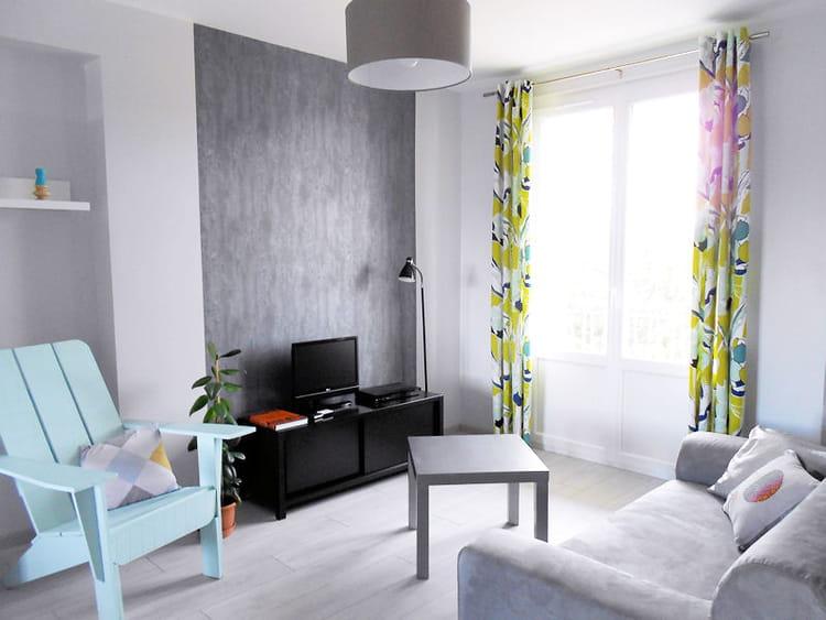 douceur pastel au salon visitez la maison d 39 emilie journal des femmes. Black Bedroom Furniture Sets. Home Design Ideas