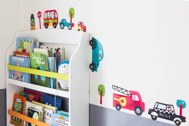 Des stickers rigolos dans la chambre d 39 enfant un - Stickers chambre d enfant ...