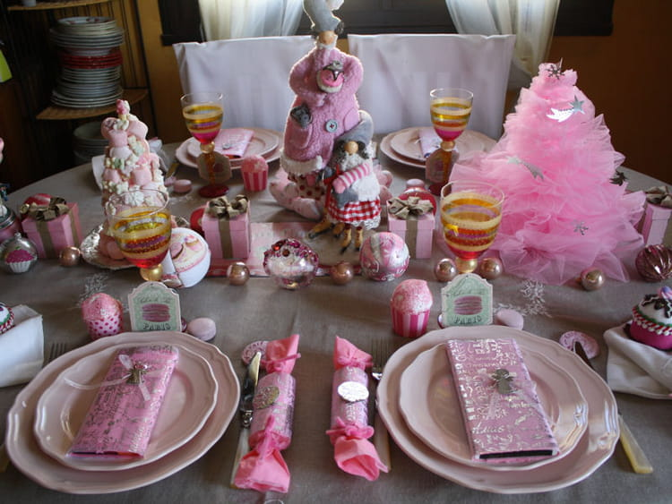 Table de no l rose danseuse for Decoration de noel rose