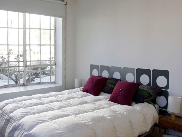 t te de lit esprit seventies 50 id es originales pour. Black Bedroom Furniture Sets. Home Design Ideas
