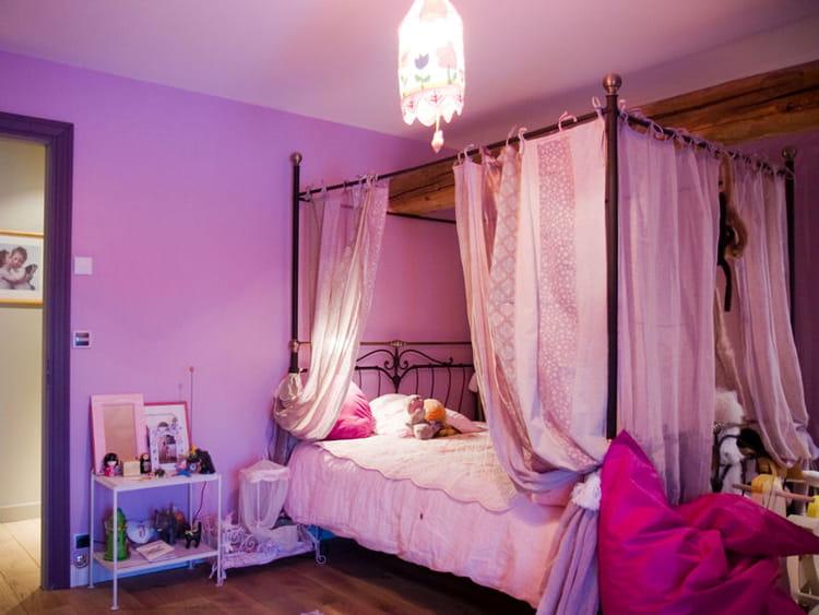 Chambre en total look  Les couleurs mauve et parme en
