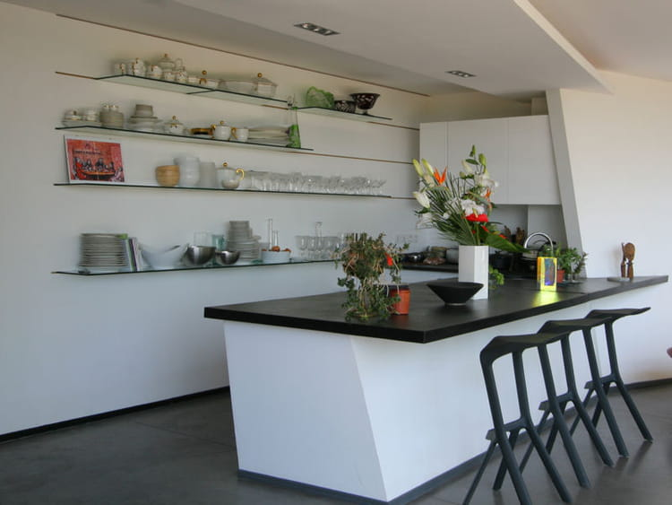 cuisine moderne carte blanche en cuisine journal des. Black Bedroom Furniture Sets. Home Design Ideas