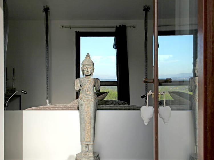 esprit zen lumi re sur un int rieur brut et m tiss journal des femmes d coration. Black Bedroom Furniture Sets. Home Design Ideas