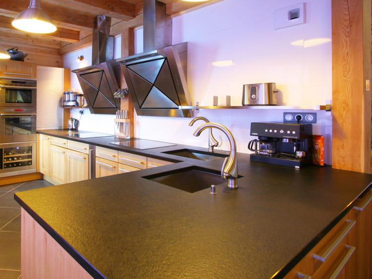 effet ardoise cuisine 20 plans de travail copier journal des femmes d coration. Black Bedroom Furniture Sets. Home Design Ideas