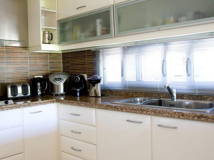 en granit mouchet cuisine 20 plans de travail copier journal des femmes d coration. Black Bedroom Furniture Sets. Home Design Ideas