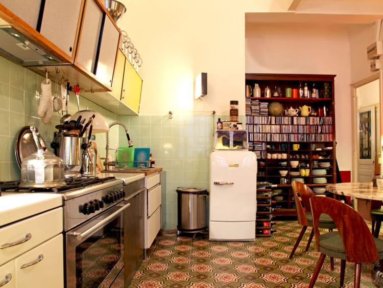 Une cuisine ann es 1950 vintage attitude dans la d co journal des femmes Cuisine retro annee 50