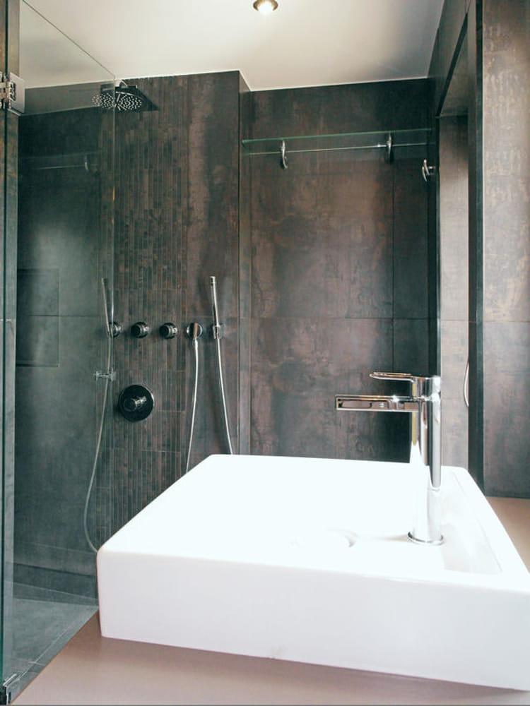 apr s une douche moderne avant apr s une salle de