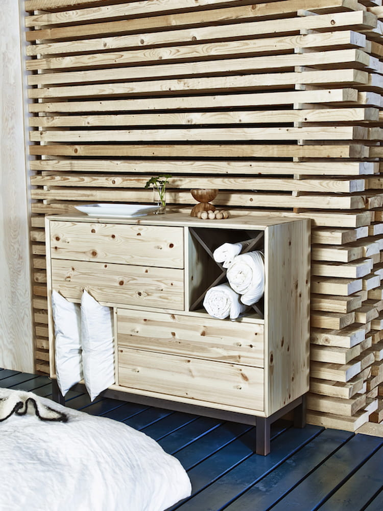 commode en bois d 39 ikea ikea retourne aux sources avec des meubles personnaliser journal. Black Bedroom Furniture Sets. Home Design Ideas