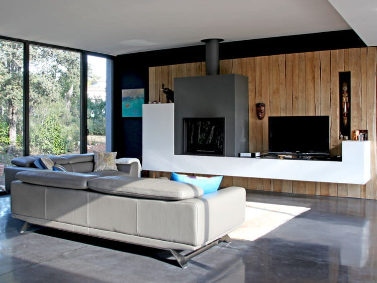 Désencombrer le sol  Aménager son salon comme un pro  Journal des Femm -> Amenagement Poele Avec Tv