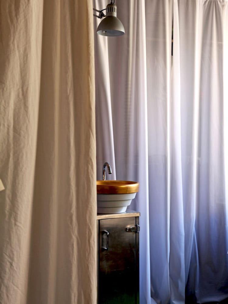 tie and dye d co bleue il flotte comme un petit air de. Black Bedroom Furniture Sets. Home Design Ideas