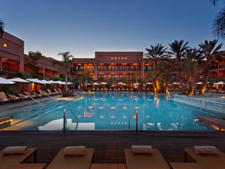 le jardin d 39 in s la piscine entrez au coeur du palmeraie resorts de marrakech journal des. Black Bedroom Furniture Sets. Home Design Ideas