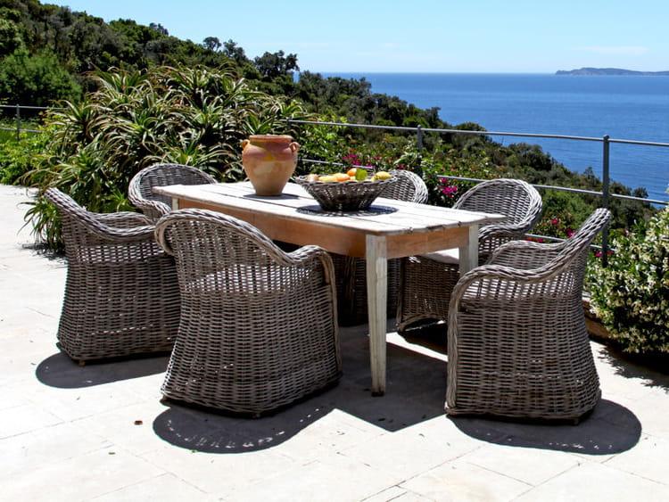 Luxe calme et volupt le rotin et l 39 osier pour une d co naturelle journal des femmes d coration - Mobilier jardin luxe montreuil ...