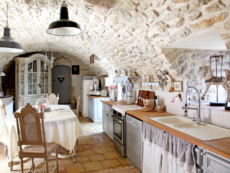 Une cuisine de charme des cuisines comme on en r ve journal des femmes - Decoration de charme ...