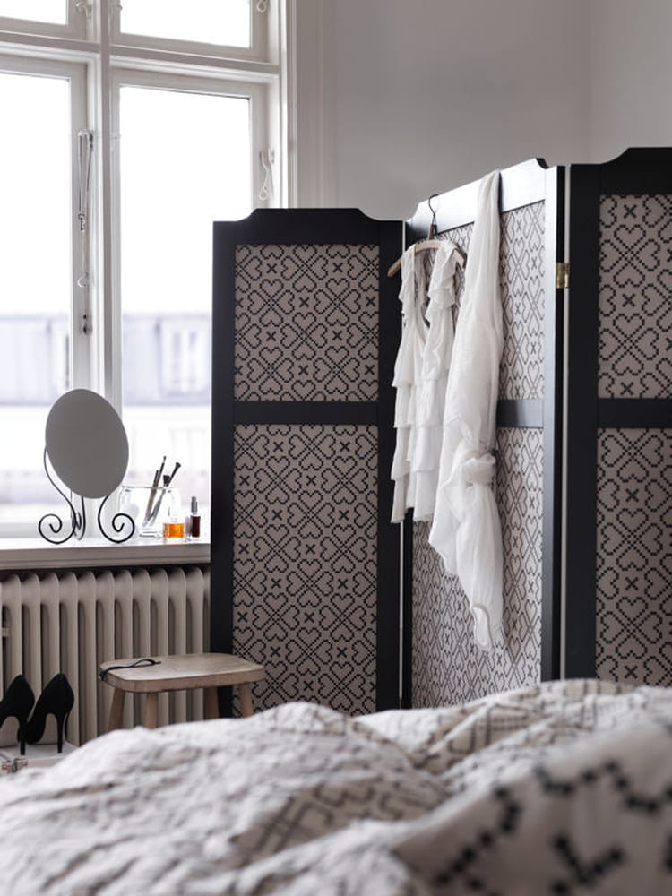 ikea une collection capsule entre artisanat et style. Black Bedroom Furniture Sets. Home Design Ideas