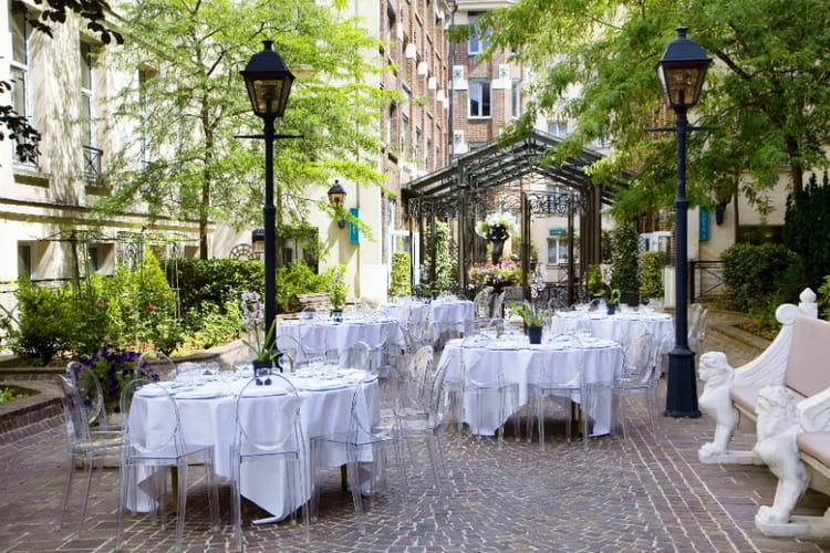 La terrasse des jardins du marais 20 terrasses et patios d 39 h tels de luxe paris journal - Terrasse jardin marais villeurbanne ...