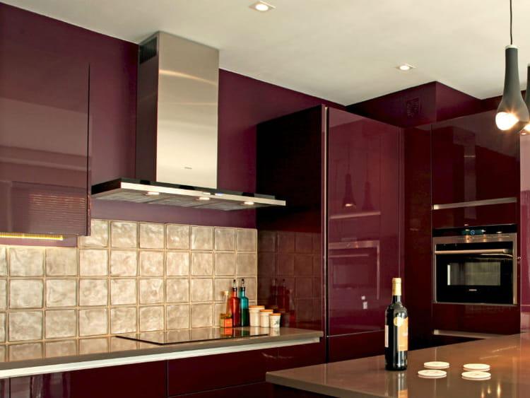Un plan de travail brillant de simplicit cuisine 30 - Recouvrir un plan de travail carrele ...