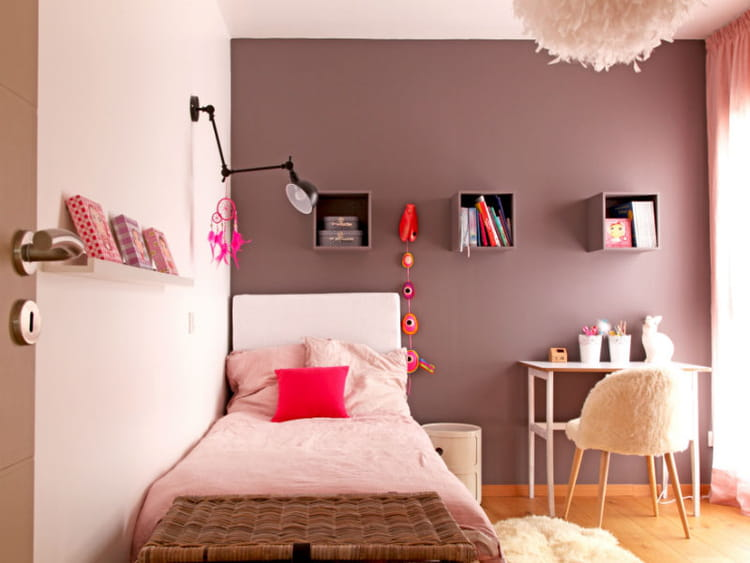 chambre de fille en nuances. Black Bedroom Furniture Sets. Home Design Ideas