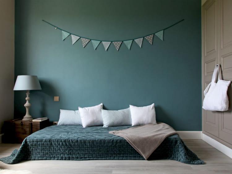 30 id es et conseils pour d corer une chambre d 39 amis journal des femmes. Black Bedroom Furniture Sets. Home Design Ideas