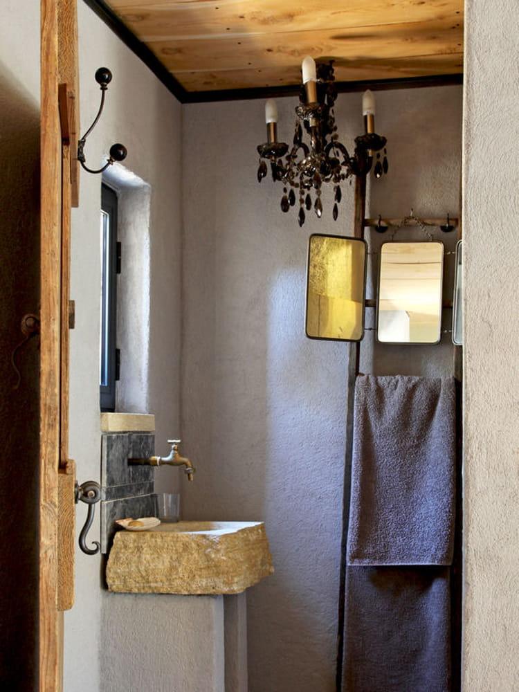 rustique chic salle de bains 80 id es top piquer aux d corateurs journal des femmes. Black Bedroom Furniture Sets. Home Design Ideas