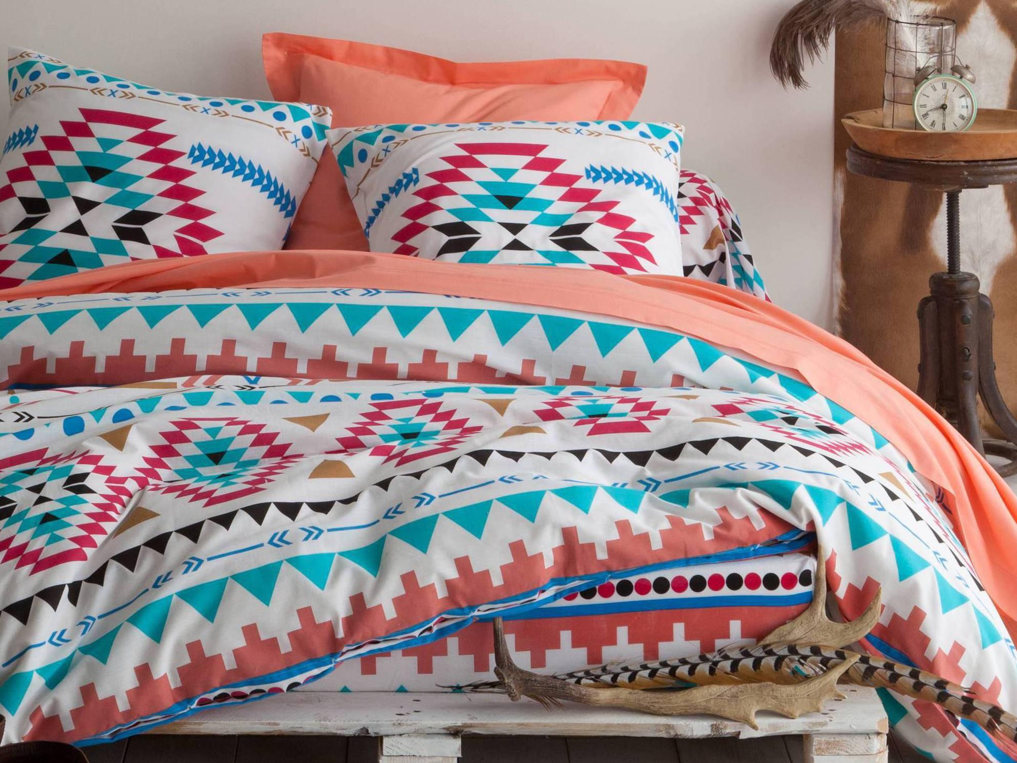le blanc aux couleurs indiennes journal des femmes. Black Bedroom Furniture Sets. Home Design Ideas