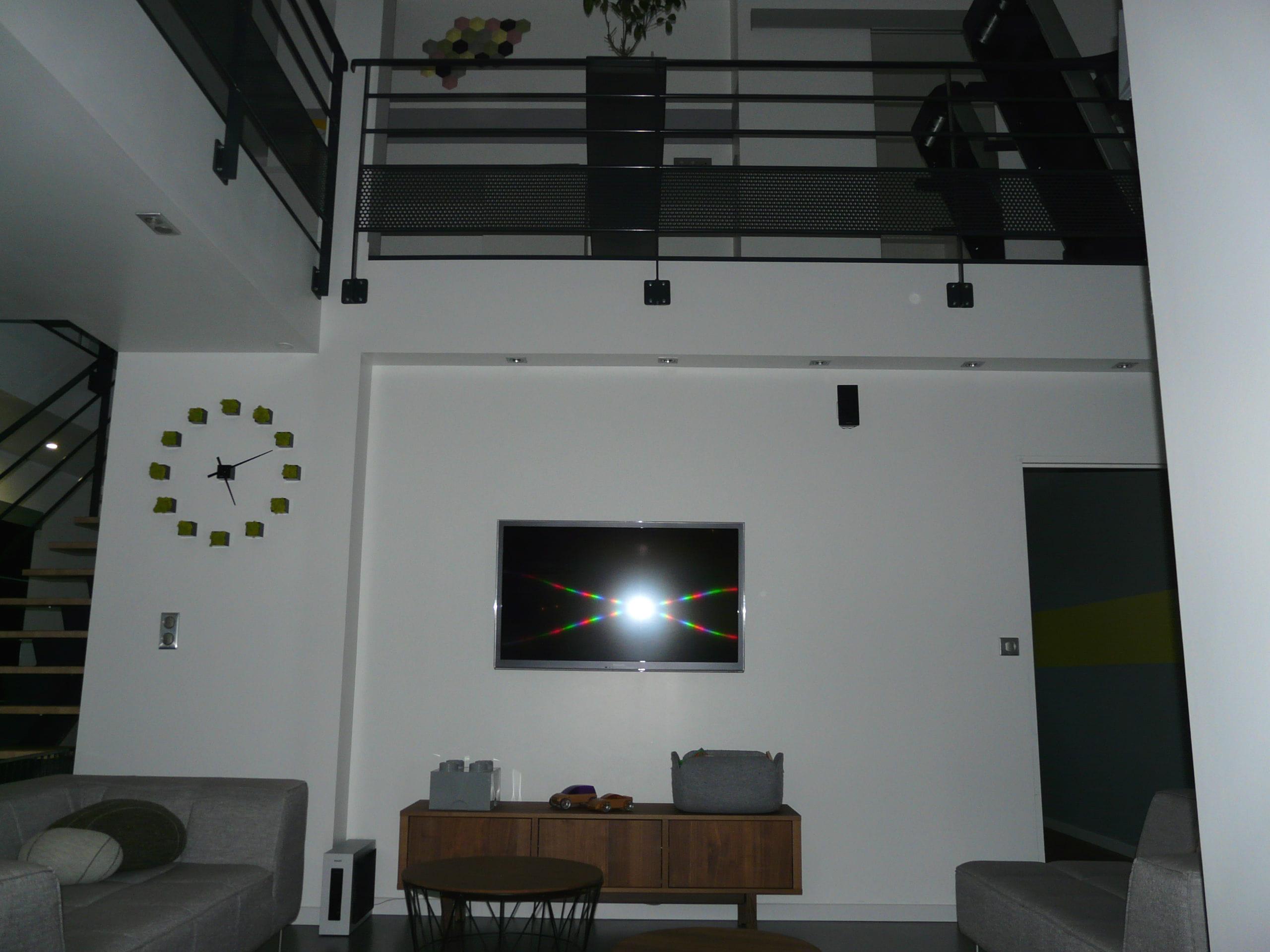 un salon pur. Black Bedroom Furniture Sets. Home Design Ideas