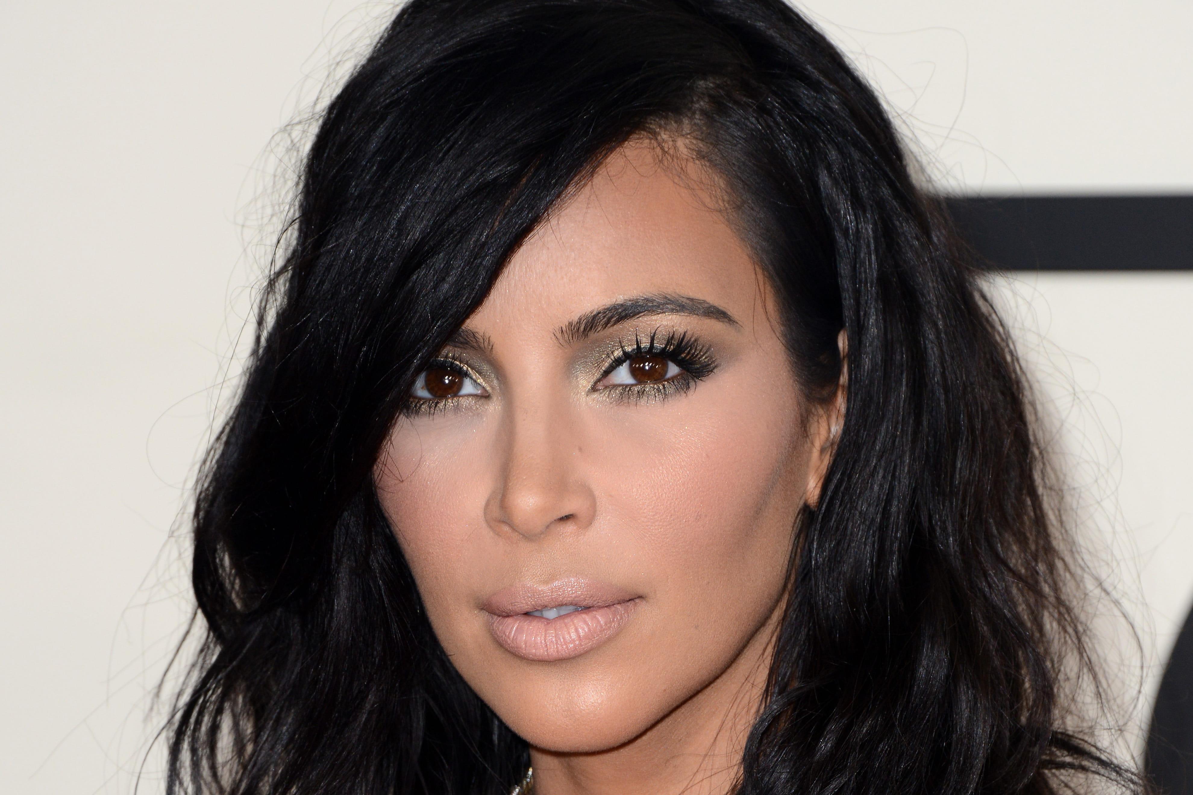 Kim Kardashian cheveux de mariage