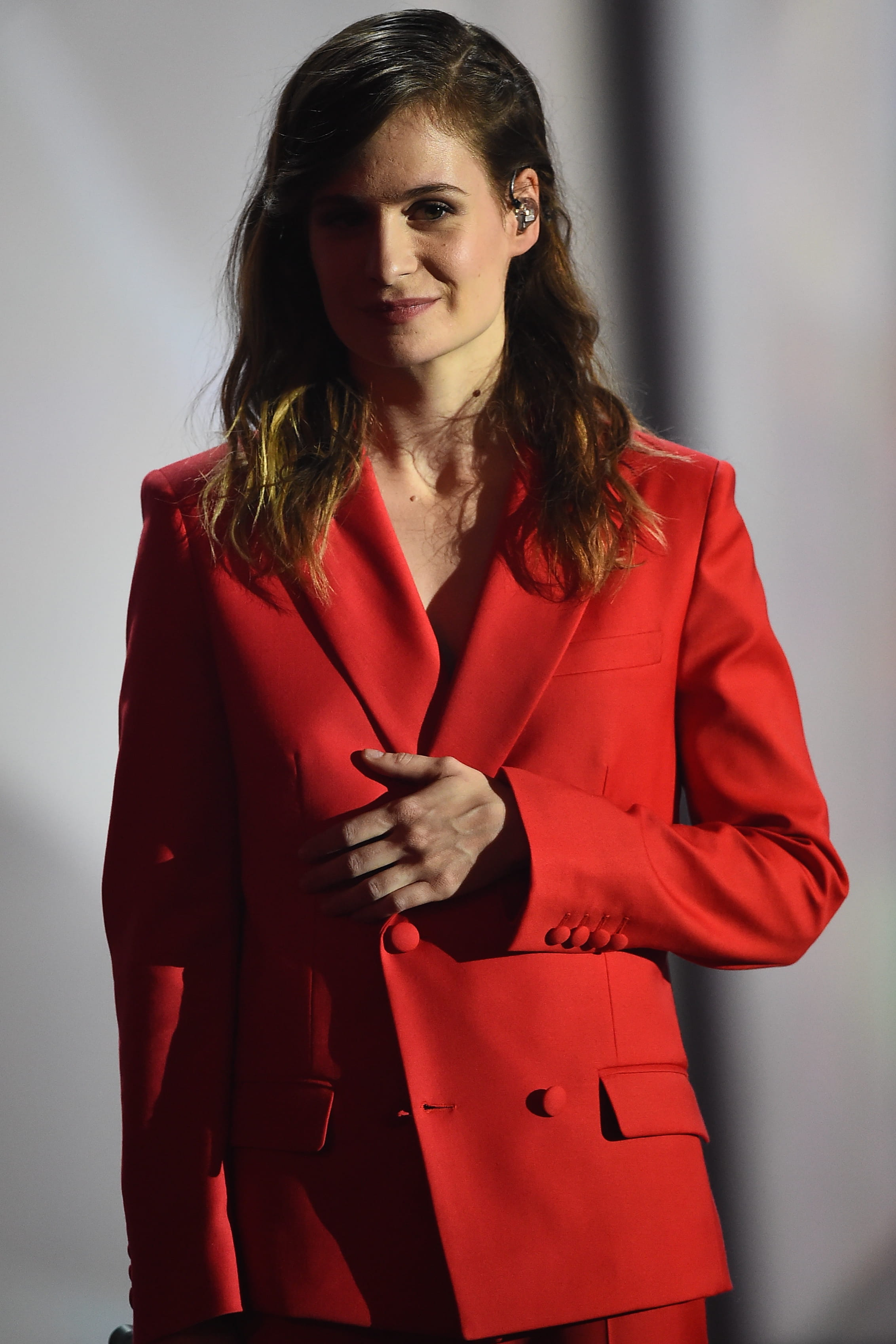 christine and the queens reine pas princesse tops et flops le meilleur de la semaine people. Black Bedroom Furniture Sets. Home Design Ideas