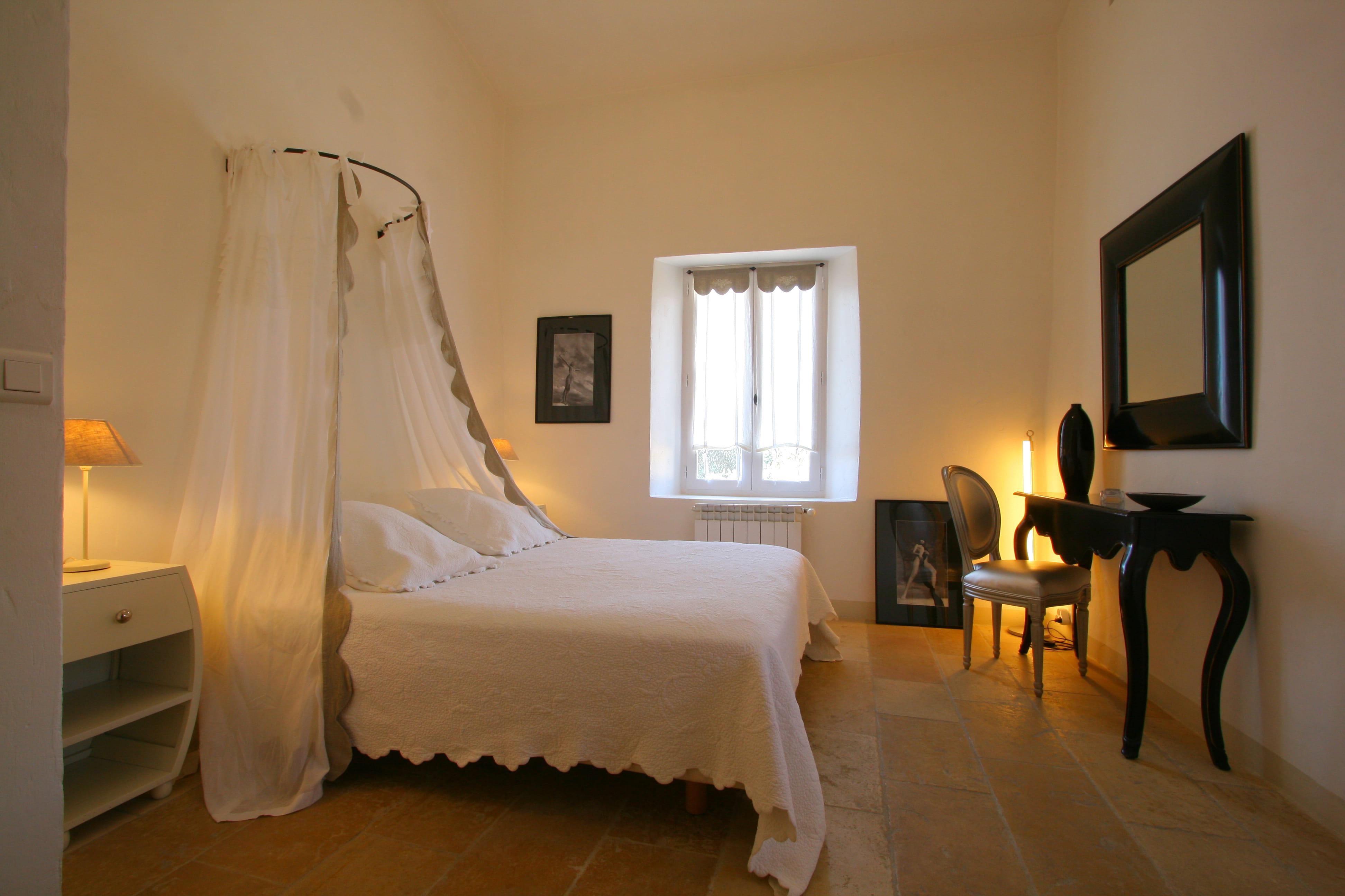 D coration chambre avec ciel de lit for Decoration chambre adulte pas cher