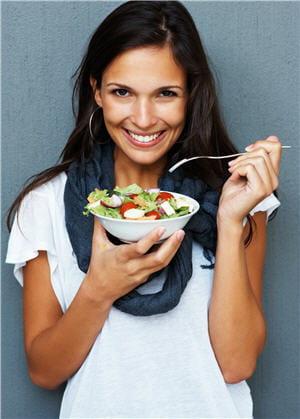 http://sante.journaldesfemmes.com/forme/alimentation/les-aliments-qui-font-gonfler-et-degonfler/image/aliments-a-eviter-a-preferer-1006184.jpg