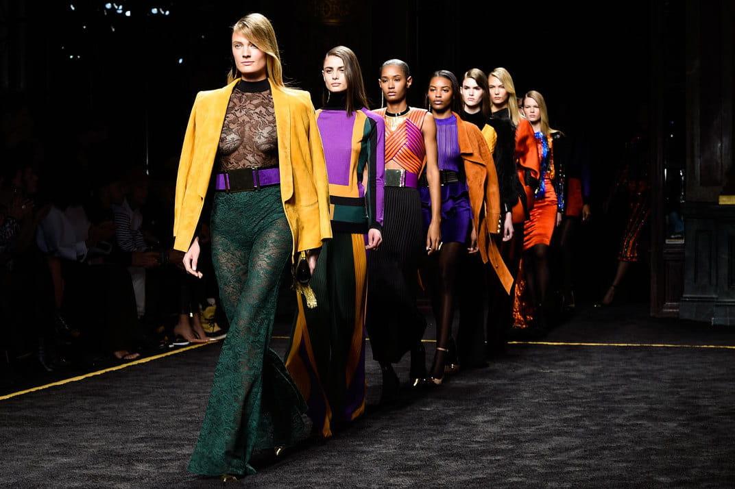 D fil balmain pr t porter automne hiver 2015 2016 parisienne des ann es 70 journal des femmes - Mode annee 70 femme ...