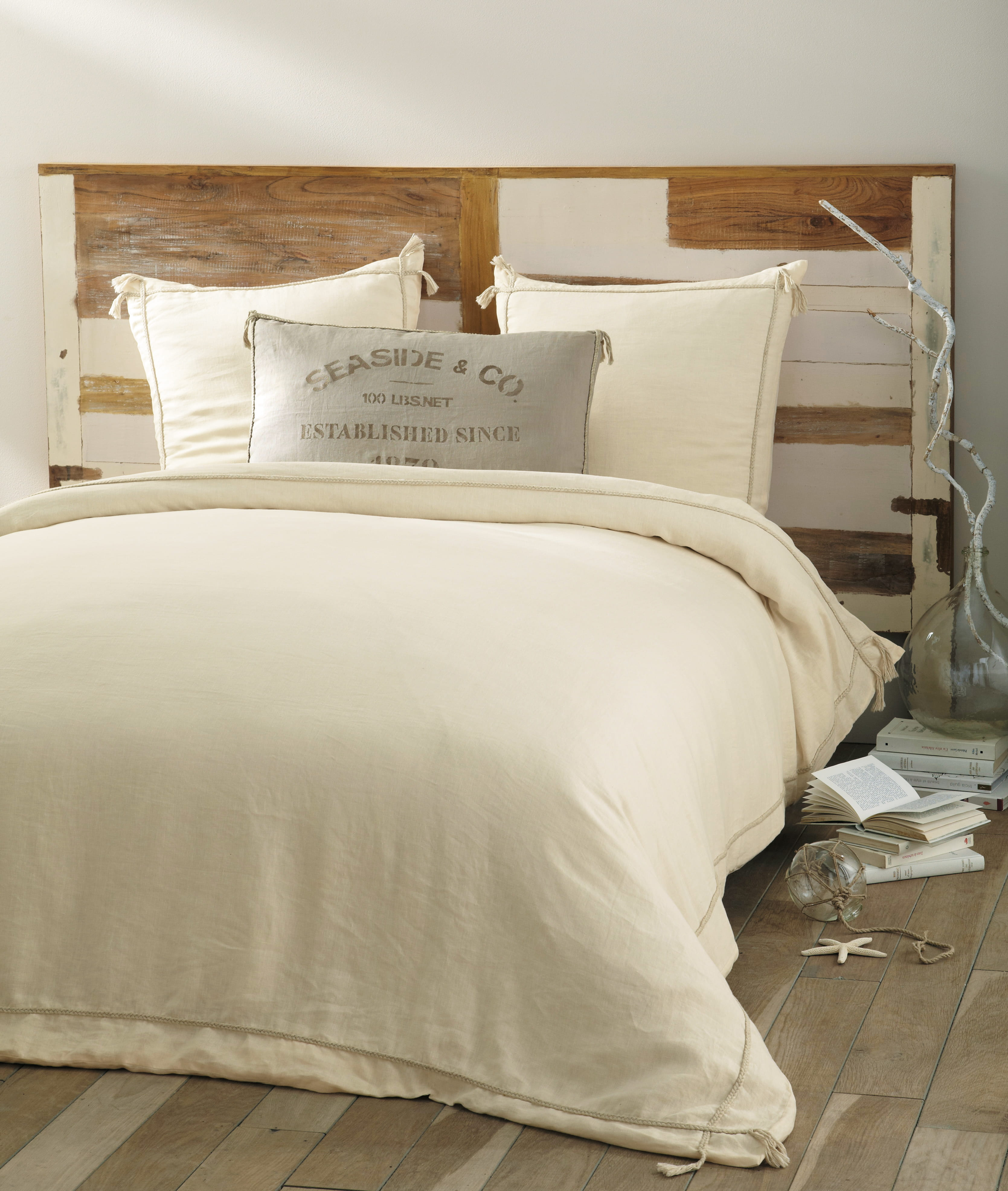 linge de lit seaside de maisons du monde linge de lit a sent le printemp. Black Bedroom Furniture Sets. Home Design Ideas