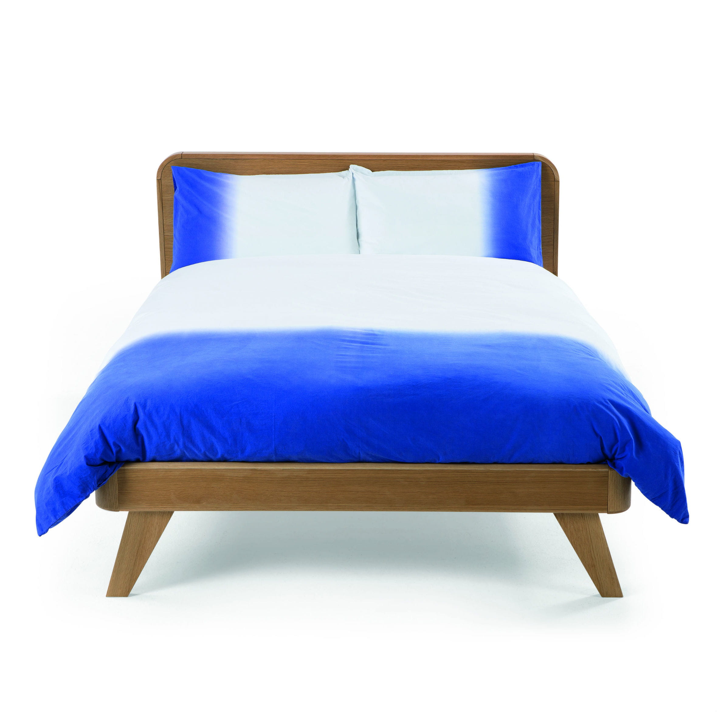 linge de lit dipped bleu de cap sur la d co indigo journal des femmes. Black Bedroom Furniture Sets. Home Design Ideas