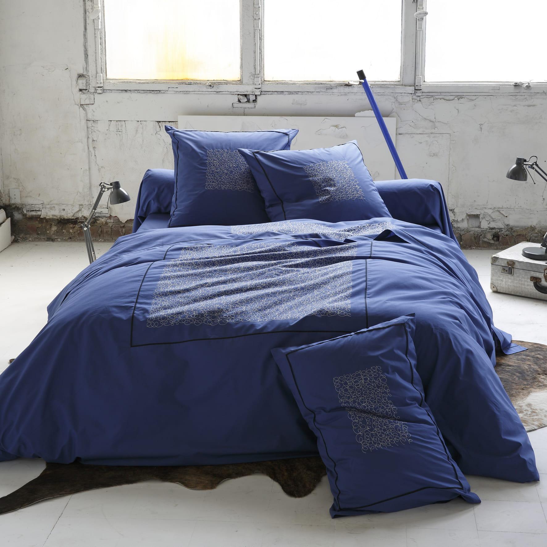 linge de lit de sylvie thiriez cap sur la d co indigo. Black Bedroom Furniture Sets. Home Design Ideas