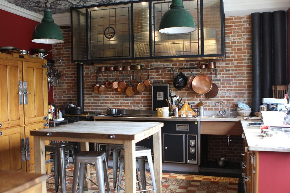 cuisine de chef l 39 esprit maison de famille etretat journal des femmes. Black Bedroom Furniture Sets. Home Design Ideas