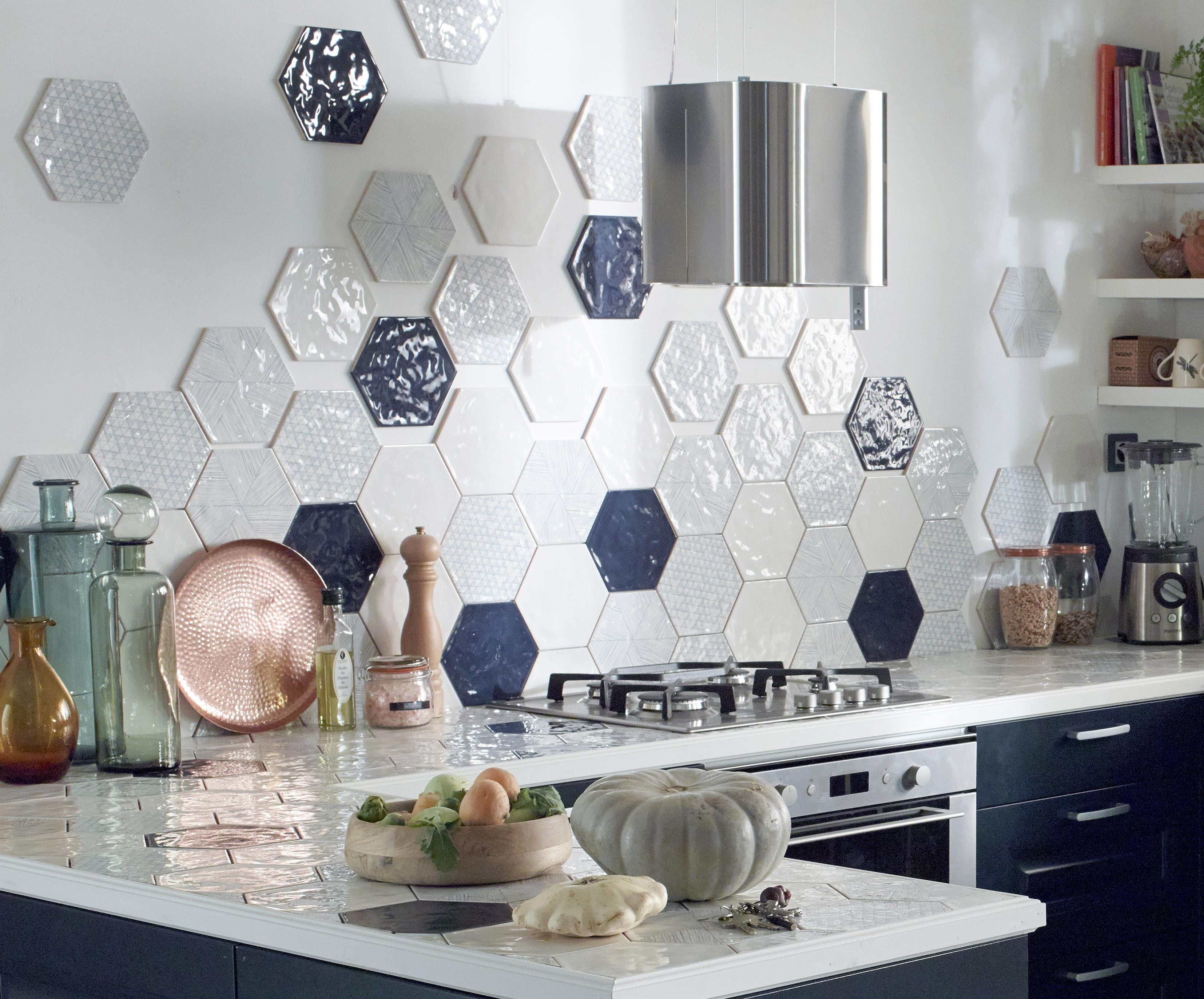 Cuisine mur bleu turquoise: cuisines ultra colorees. decoration ...