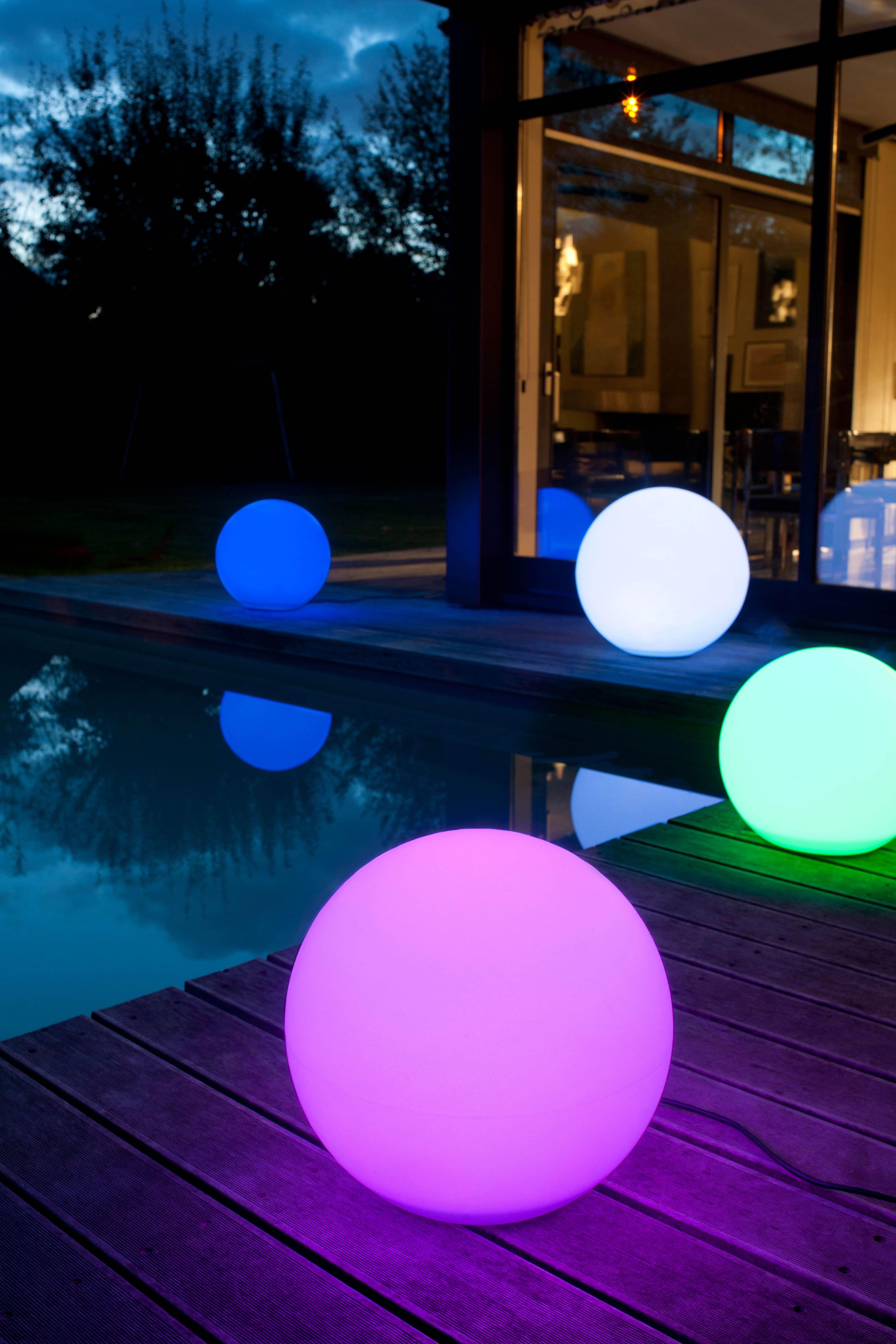 Boule lumineuse multicolore de castorama